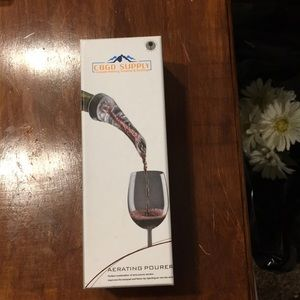 Brand New Luxury Wine Aerator  in box perfect gift